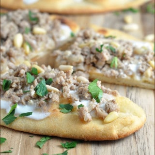 Flatbread with Turkey and Greek Yogurt