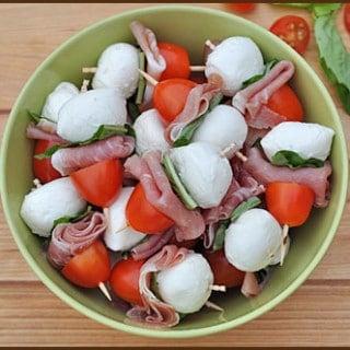 Mini Mozzarella and Prosciutto Skewers