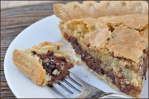 Chocolate_Chip_Cookie_Pie_blog