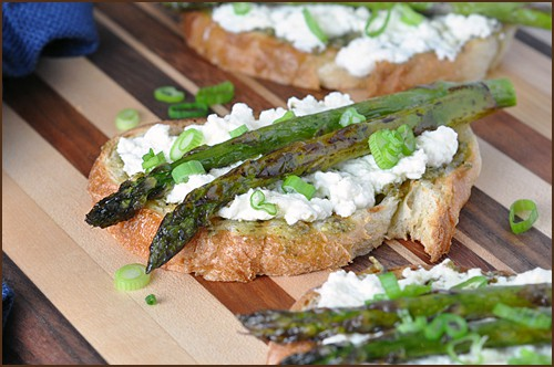 Open-Faced Roasted Asparagus with Fresh Ricotta and Pesto
