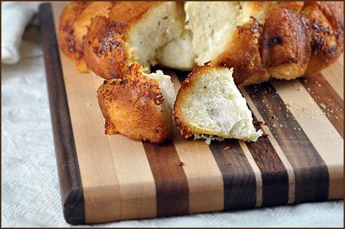 Garlic_Parmesan_Pull_Apart_Bread_blog