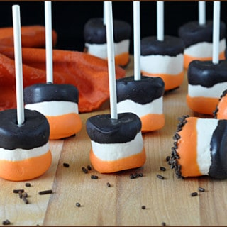 Halloween_Marshmallow_Pops_blog