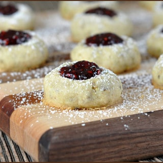 Video: Support of Cookies For Kids' Cancer (Raspberry Pistachio Thumbprints)