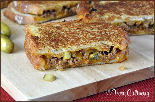 Dill Pickle Sloppy Joe Grilled Cheese | Very Culinary