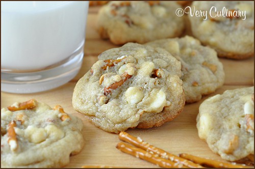 White-Chocolate-and-Butterscotch-Chip-Pretzel-Cookies_blog_