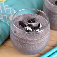 Cookies and Cream Smoothie | Very Culinary