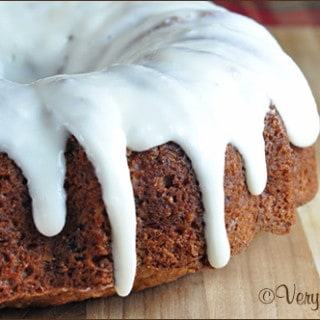 Easy Apple Cake with Cream Cheese Vanilla Icing   Very Culinary