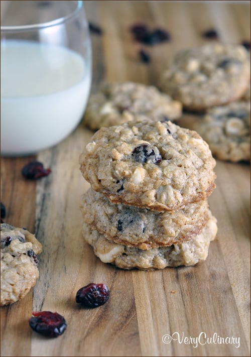 Oatmeal Craisin Cookies with White Chocolate and Coconut - Belly Full