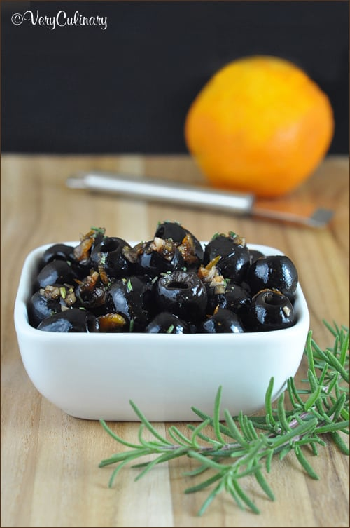 Fig Balsamic Olives from Very Culinary