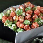 Christmas Caramel Popcorn | Very Culinary