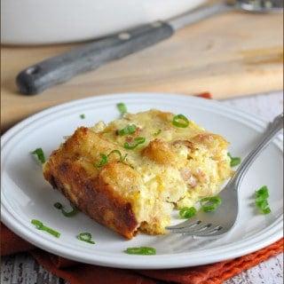 Tater Tot Breakfast Casserole #tatertots #casserole #oreidamom