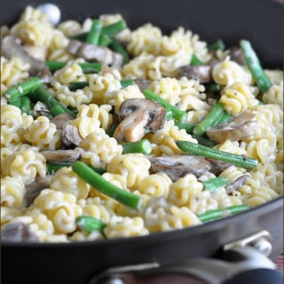 Creamy Pasta with Mushrooms, Green Beans, and Asiago