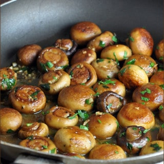 Sauteed Mushrooms with Garlic and Lemon Pan Sauce