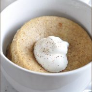 A single-serve mug cake that tastes like a snickerdoodle cookie!