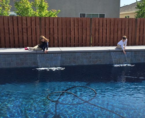 Kids-poolside-blog