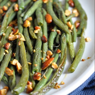 Roasted Green Beans with Sriracha Almonds