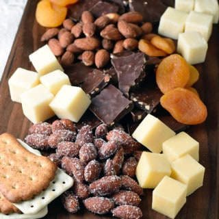 Holiday Entertaining: DIY Cheese and Nut Board