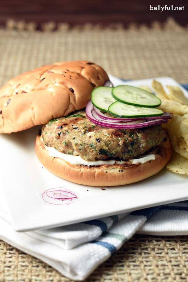 These turkey burgers are filled with delicious spinach and feta, which ...