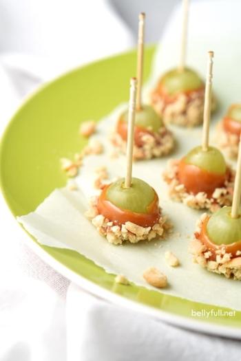 caramel apple grapes on parchment paper