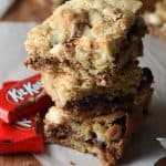S'mores and Kit Kats come together in these bars for one great dessert mash-up!