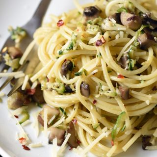 Pasta with Zucchini and Mushrooms