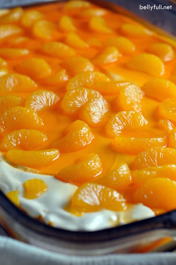 picture of mandarin orange pretzel salad in pan