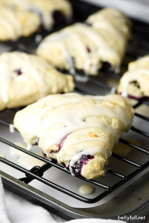 picture of blueberry lemon scones with glaze