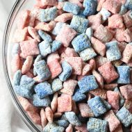 Red, White, and Blue Muddy Buddies - 15-minute Chex Mix Muddy Buddies with a holiday flair for the 4th of July! The most delicious and addicting snack ever!