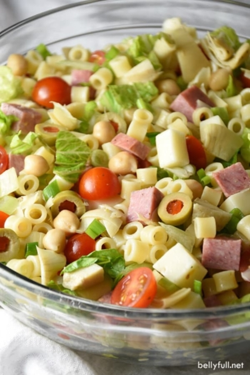 This Italian Chopped Salad is a light, yet hearty salad that tastes like your favorite Italian sub sandwich without the bread!