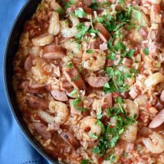 overhead picture of Jambalaya in pan
