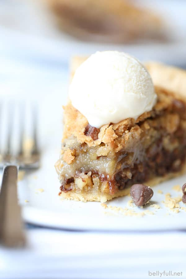 Chocolate Chip Cookie Pie ooey and gooey