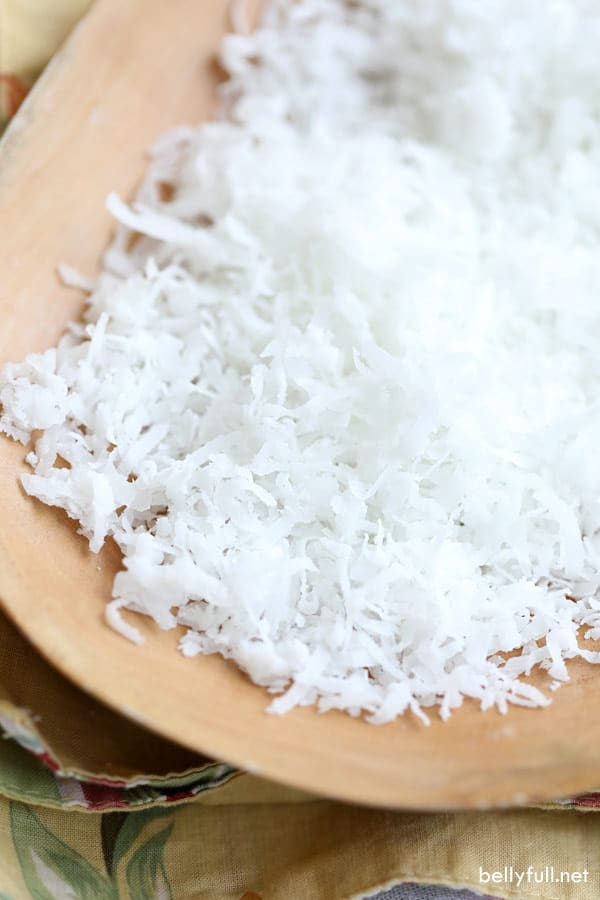 sweetened coconut flakes