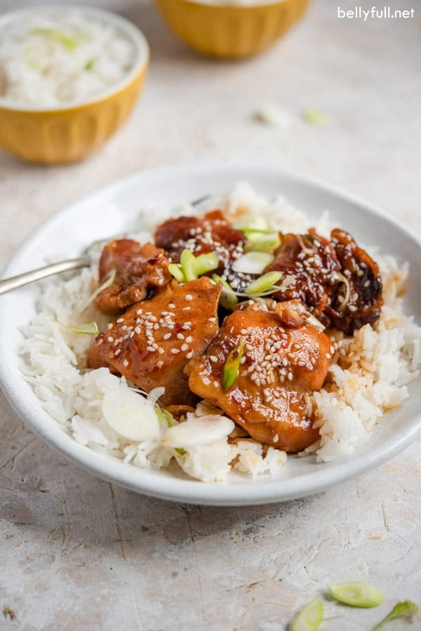 Slow Cooker Honey Sesame Chicken in bowl