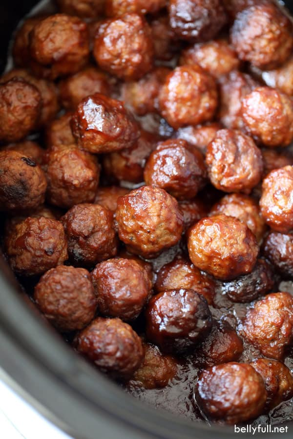 Cranberry Chili Meatballs in slow cooker