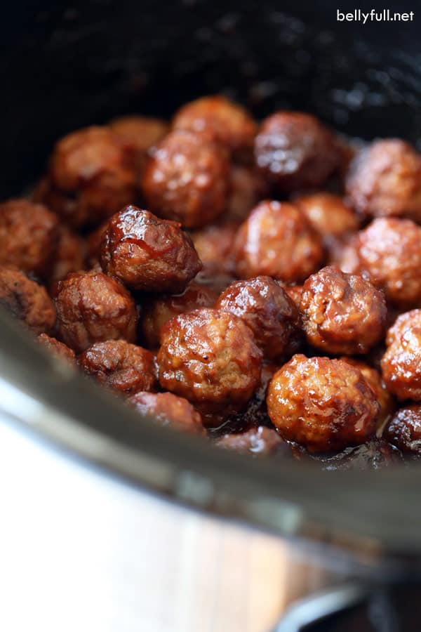 Cranberry Chili Meatballs in crock pot