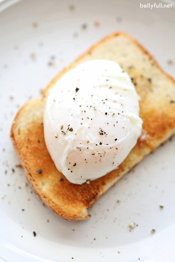 perfectly poached egg on toast