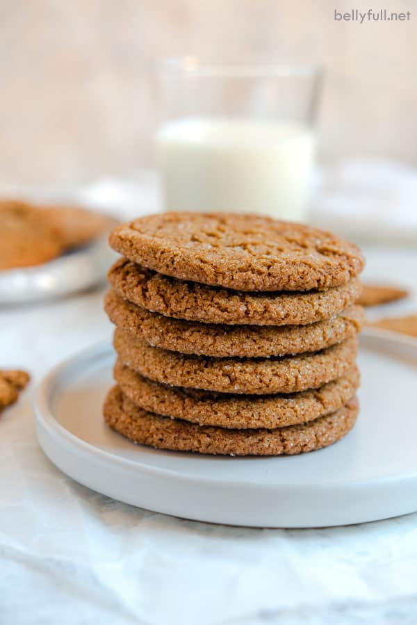 6 molasses cookies stacked