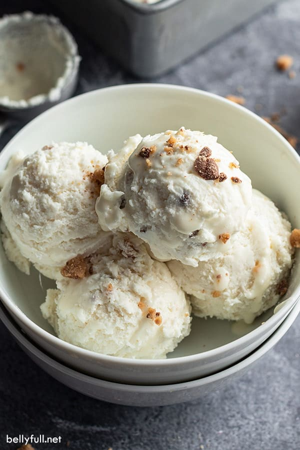 4 scoops of toffee flavored no churn ice cream in white bowl