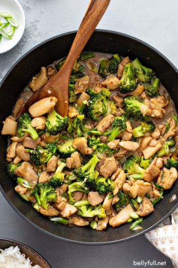 overhead chicken broccoli stir fry in skillet