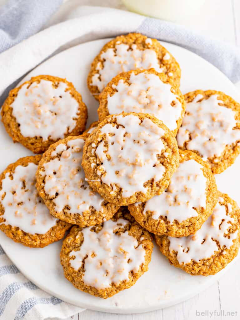 top down plate of old fashioned iced oatmeal cookies