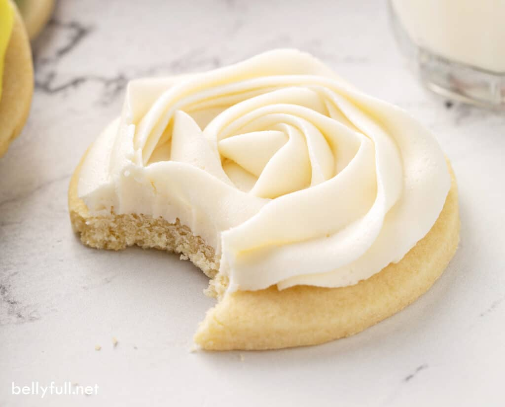 piped white sugar cookie frosting