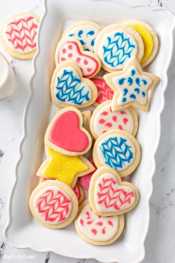 decorated cookies with sugar cookie icing