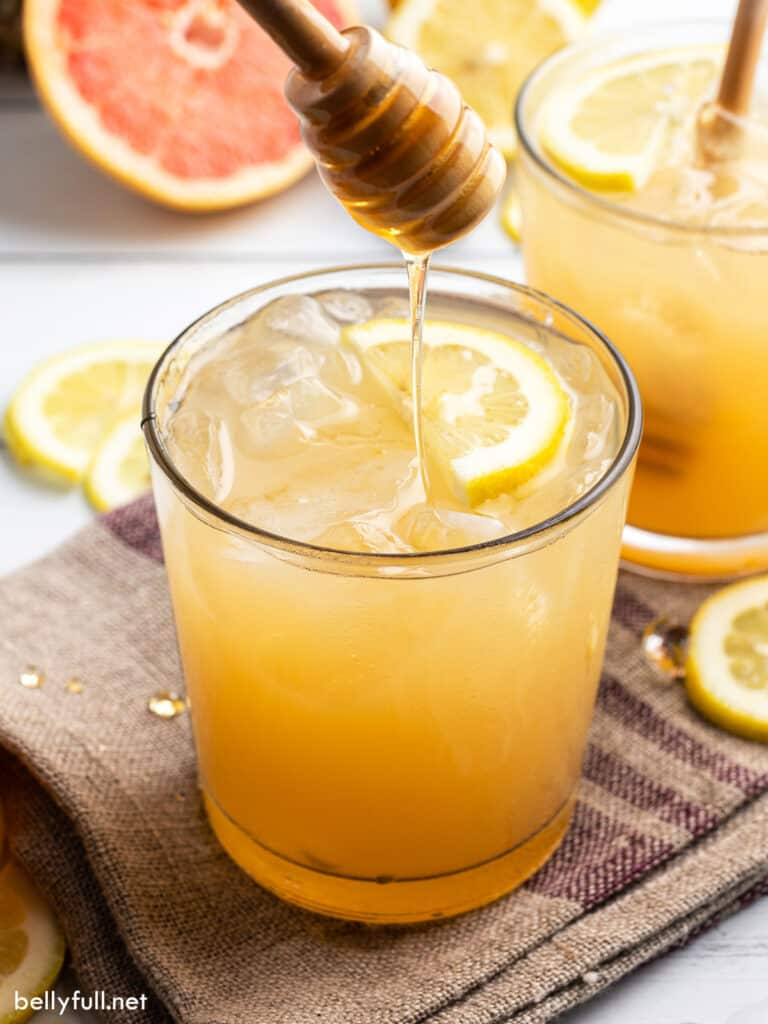 Bee's Knees cocktail with honey drizzler