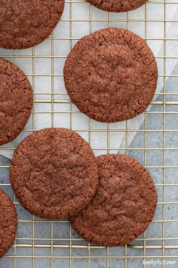 overhead chocolate sugar cookies on cooling rack